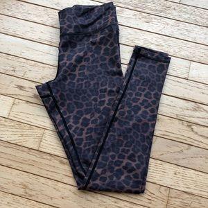 Vie Active Leopard Print Leggings